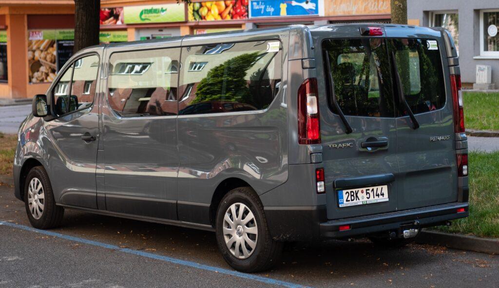Renault Trafic Autonapůl
